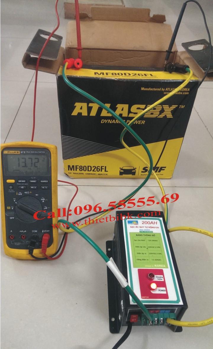 Máy Sạc ắc quy tự động Hitech Power 12V-200Ah sạc ắc quy nước và ắc quy khô