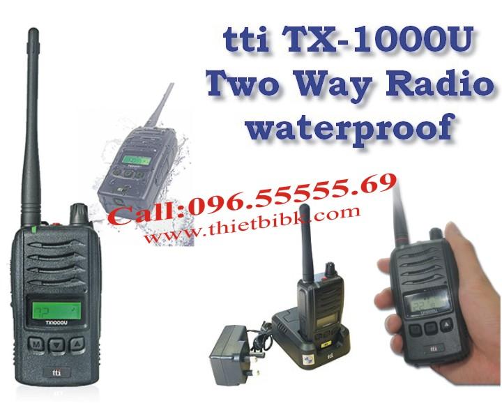 Bộ đàm chống nước chuyên dụng TTI TX-1000U dùng cho phóng viên, công an, quân đội