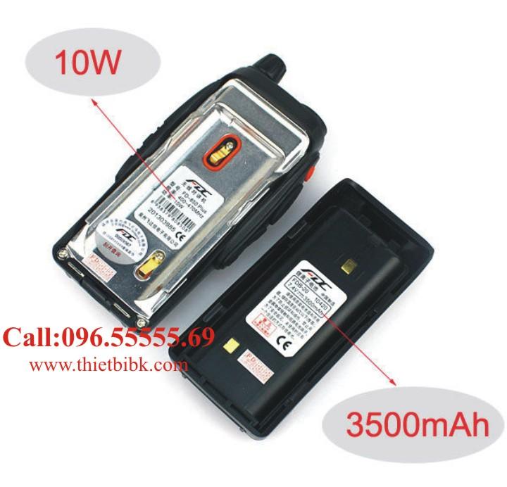 Bộ đàm cầm tay FEIDAXIN FD-850Plus - 10W có công suất 10W và pin 3500mAh