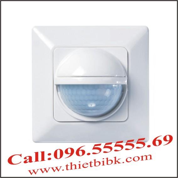 Công tắc cảm ứng hồng ngoại Theben Luxa 103-200
