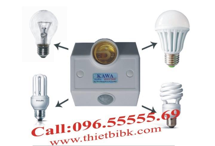 Đui đèn cảm ứng gắn tường Kawa SS681 lắp với các loại bóng đèn đui xoáy E27