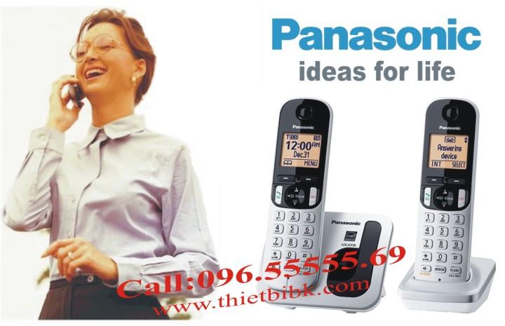 Điện thoại kéo dài Panasonic KX-TGC212 dùng cho văn phòng, gia đình