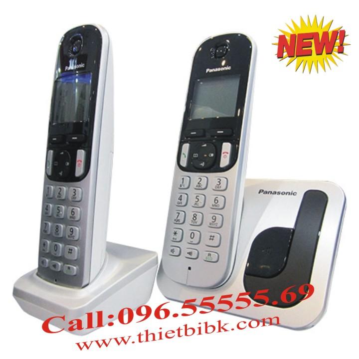 Điện thoại kéo dài Panasonic KX-TGC212 một máy mẹ, hai tay máy con