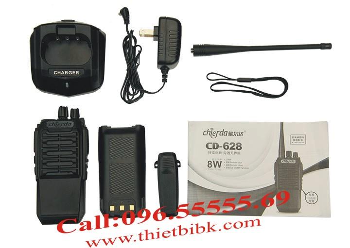 Bộ đàm Chierda CD-628 8W Long Range sử dụng pin Li-ion 3600mAh, đàm thoại 16h