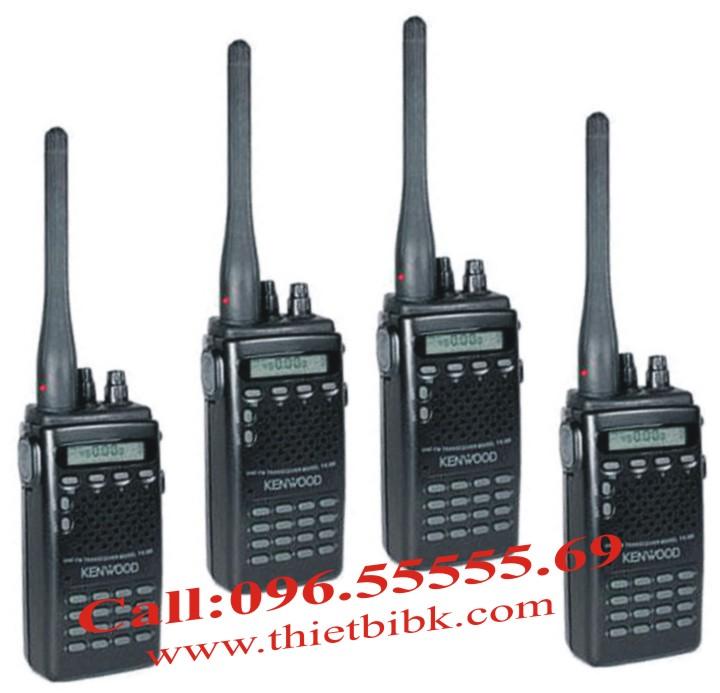 Bộ đàm cầm tay Kenwood TK308 99 kênh 7W dùng cho khu công nghiệp