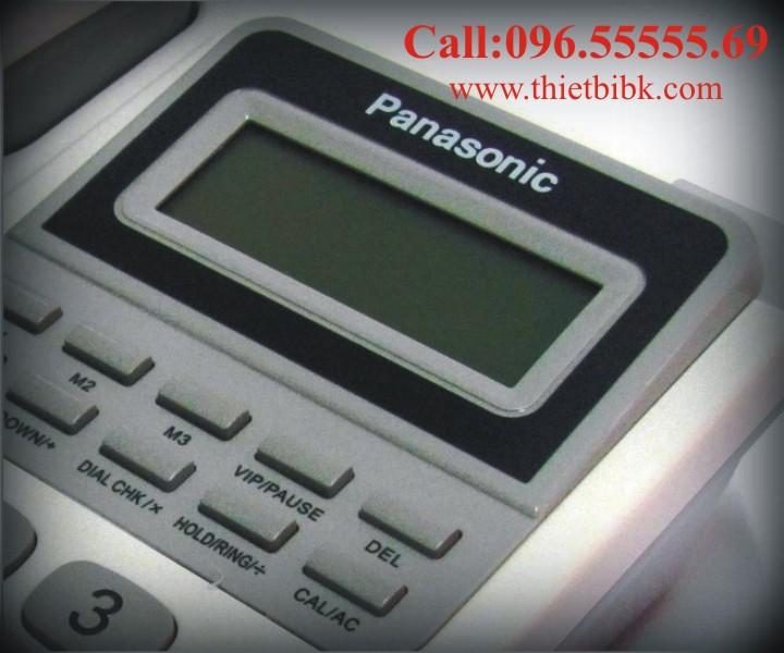 Điện thoại để bàn Panasonic KX-TSC92CID có màn hình hiển thị số điện thoại