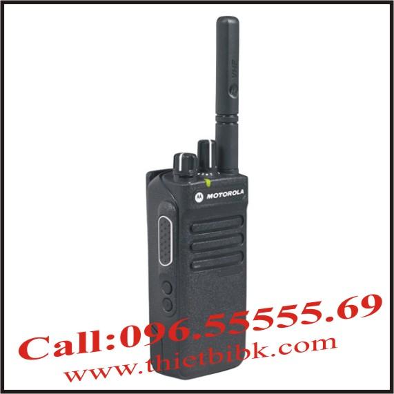 Máy bộ đàm cầm tay Motorola XiR P6600