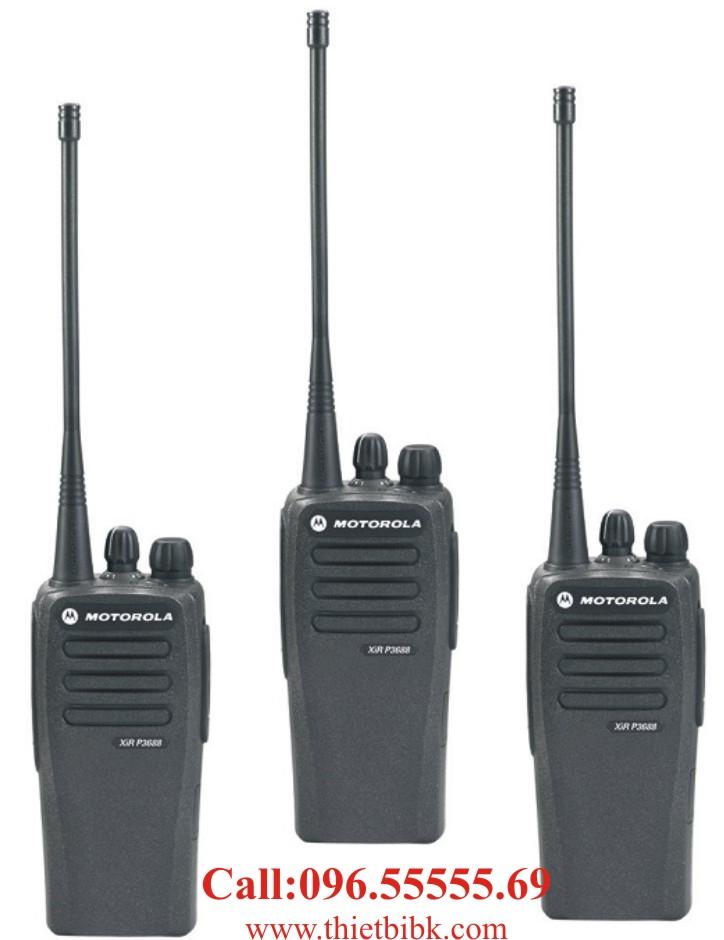 Máy bộ đàm kỹ thuật số Motorola XIR P3688 dùng cho khu công nghiệp